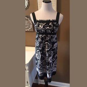 Ann Taylor LOFT Dress Black White Fit Flare Pleat